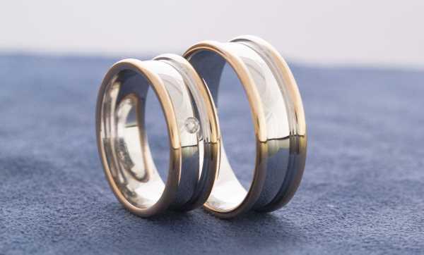 Обручальные кольца - символ супружеской верности
